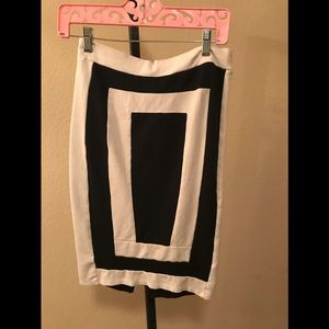 Black white skirt size L
